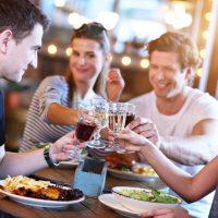 バツイチ飲み会での会話や食事の仕方について